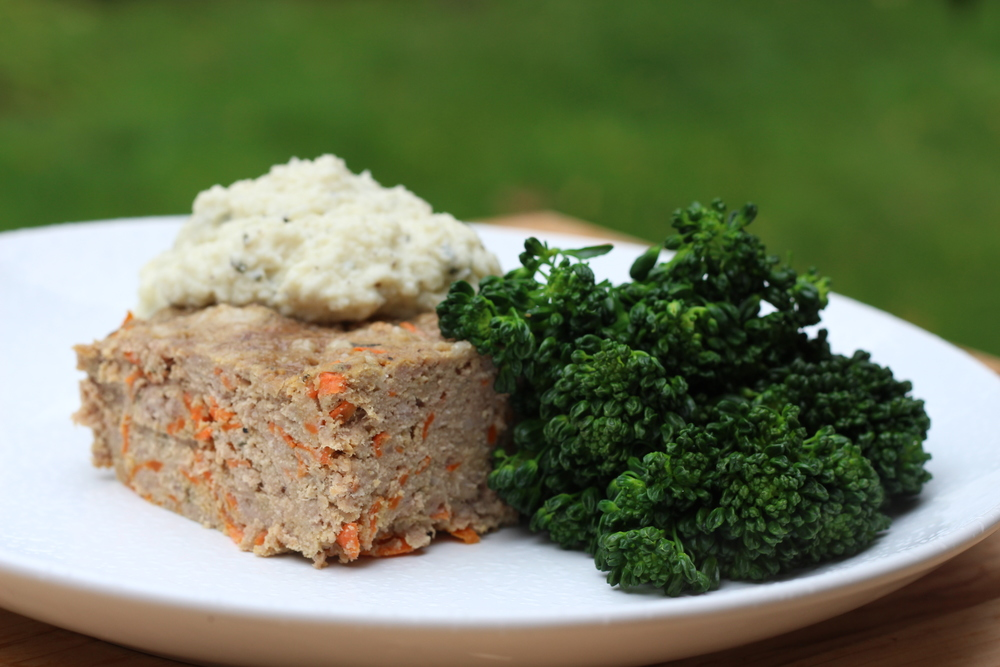 Creamy Cauliflower & Garlic Rosemary & Parmesan Meatloaf