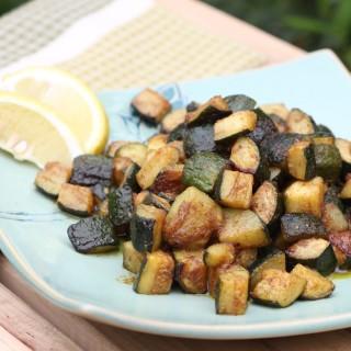 Sesame Cumin Zucchini Bites